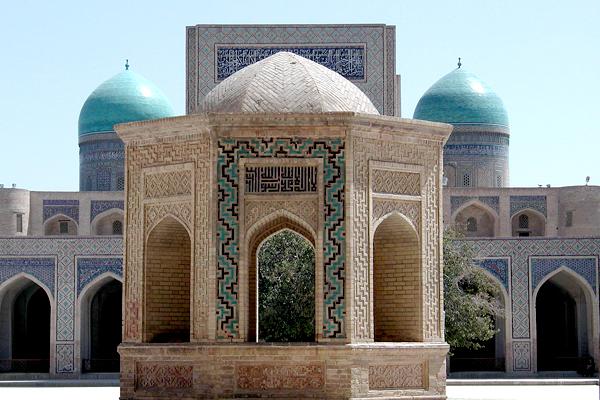 Джума-мечеть в столице Узбекистана Ташкенте
